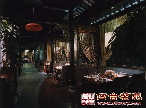 在中式茶楼设计案例中创造出一份亲切自然的空间感受
